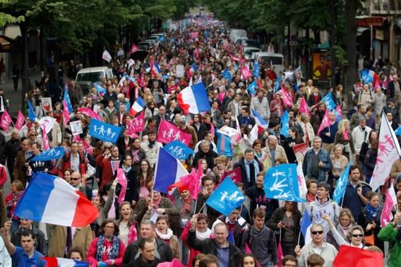 Parijs betoogt tegen homohuwelijk