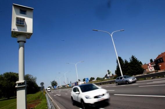Snelheidsmeter moderne wagens steeds nauwkeuriger