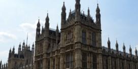 Loonsverhoging Britse parlementsleden valt niet in goede aarde