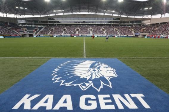 Ghelamco Arena geopend door 19.000 voetbalfans