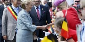 IN BEELD. Duizend mensen verwelkomen vorstenpaar in Eupen