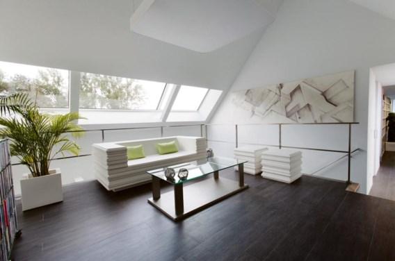 De leefruimte kwam op de verdieping van waar de bewoners uitkijken op de Schelde.