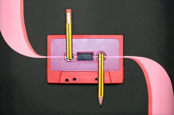 De cassette blaast 50 kaarsjes uit