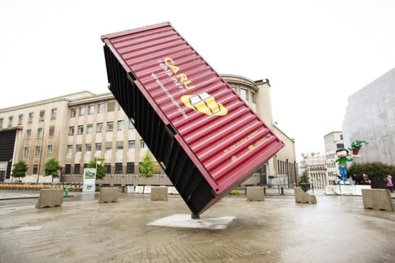 Container van Luc Deleu op de Pachecolaan in Brussel.