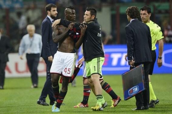 Milan-coach is grillen beu: 'Balotelli is toch geen kind meer?'