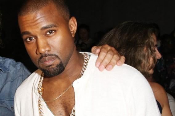 Kanye West verwijt mode-industrie racisme