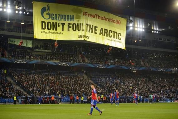 Greenpeace verstoort Champions League