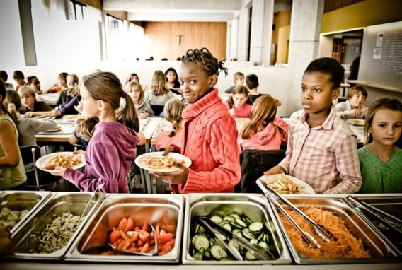 Deze kinderen zijn niet te arm om brood te kopen