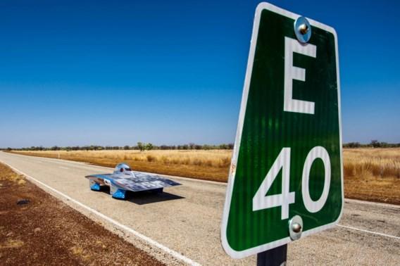Leuvense zonnewagen op zesde plaats na tweede dag World Solar Challenge