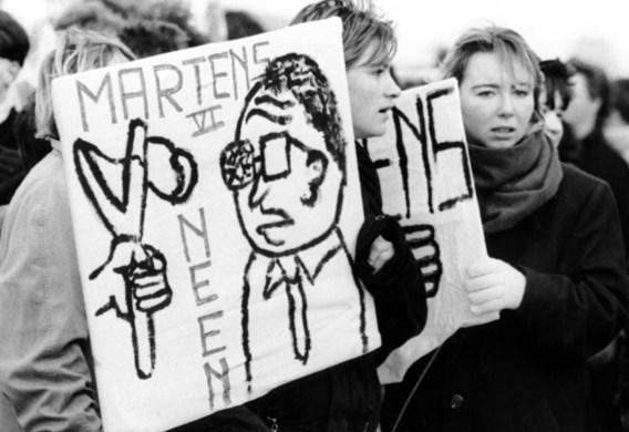 Protest tegen het beleid van Martens.