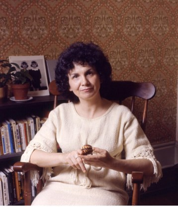 Alice Munro in 1975.