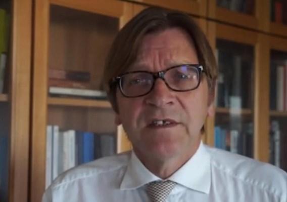Jean-Luc Dehaene, Guy Verhofstadt en Willy Claes steunen videocampagne tegen kernwapens