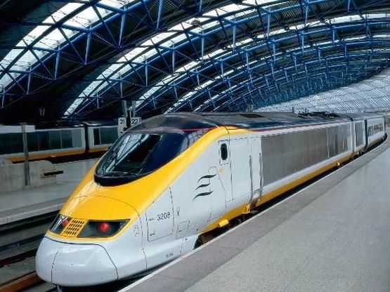 Treinverkeer Eurostar verstoord door brand