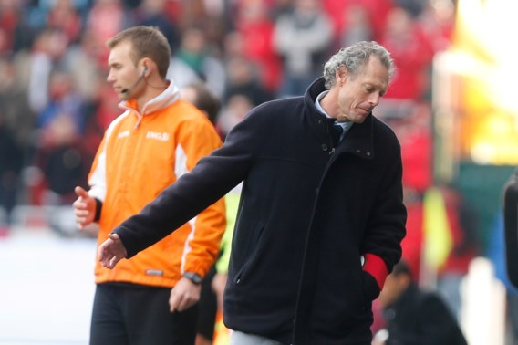 Preud'homme pakt punt in troosteloze topper