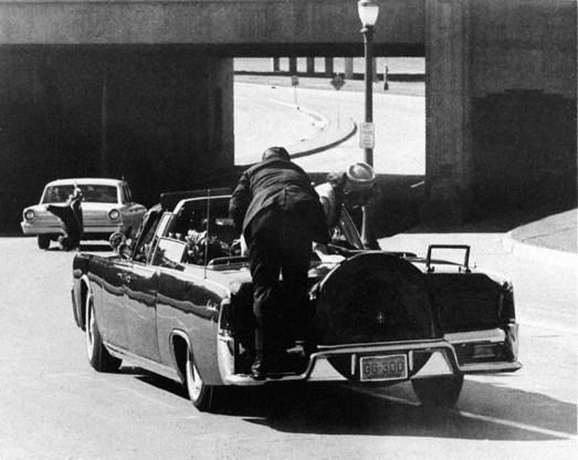 Wie zat nu écht achter de moord op JFK?