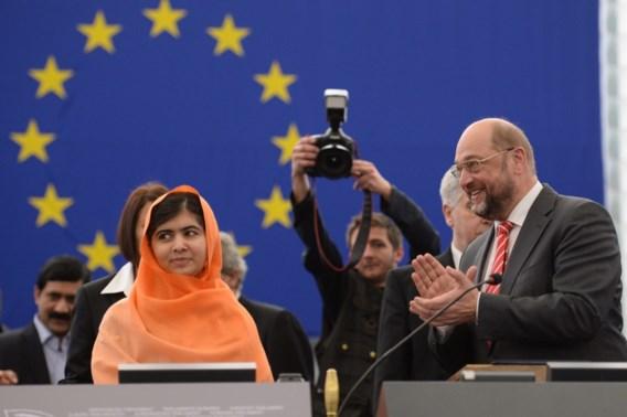 Malala krijgt staande ovatie in EU-Parlement