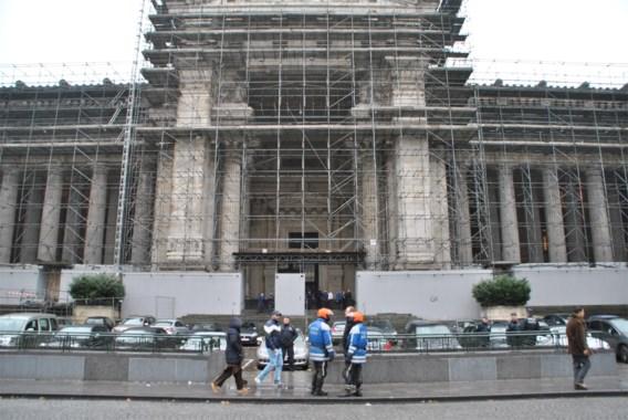 Stellingen Brussels justitiepaleis zelf aan restauratie toe