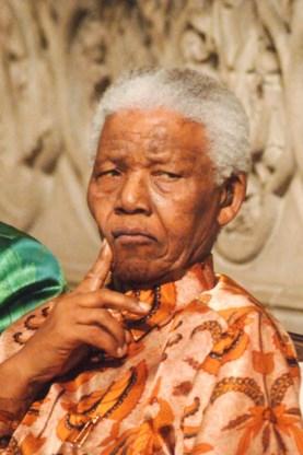 Gewezen cipier: 'Mandela was als een vader voor mij'