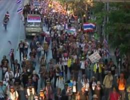 Oppositie legt Bangkok plat