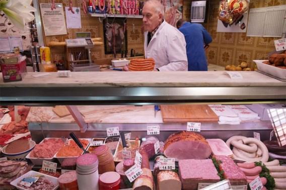 Volgens de Hoge Gezondheidsraad is charcuterie 'zo veel mogelijk te mijden'. Te veel rood vlees eten, kan tot darmkanker leiden.