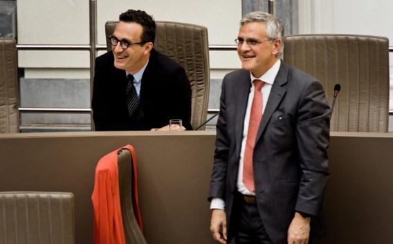 Peeters met achter hem de huidige minister van Onderwijs, Pascal Smet (archieffoto)