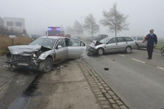 Baby en twee vrouwen zwaar gewond na ongeval