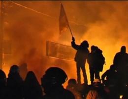 Betogers wijken niet, Kiev brandt