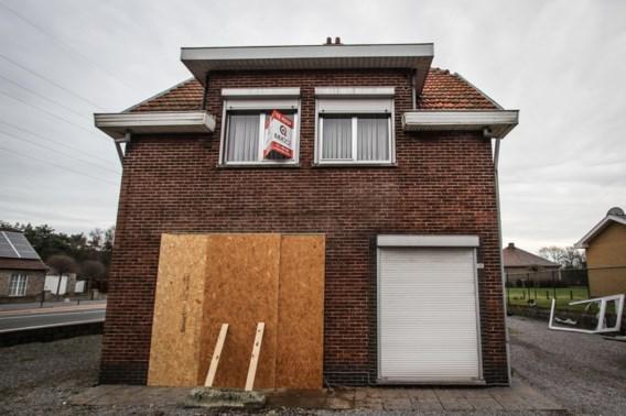 Auto rijdt slaapkamer in Tessenderlo binnen