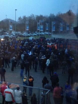Politie zet traangas in tegen ontevreden Genk-supporters