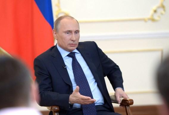 Poetin veroordeelt 'militaire machtsgreep'