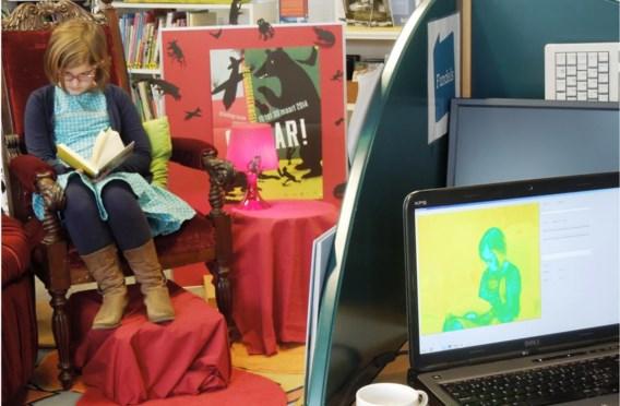 Camera's houden Yuna Wilssens tijdens het lezen in het oog.