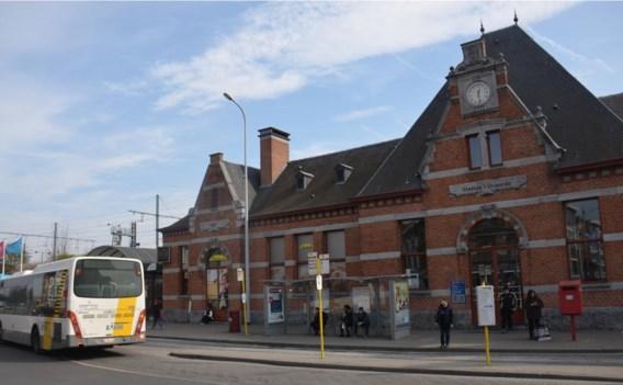 De omgeving rond het station wordt minder druk en dus veiliger.