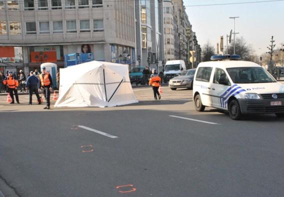 Het ongeval gebeurde op het Louizaplein, tijdens de spitsuren een van de drukste pleinen in Brussel.