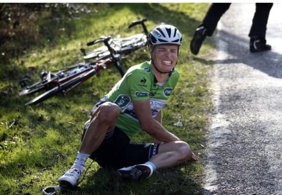 Gianni Meersman grimast van de pijn: 'Ik weet niet hoe ik naar de finish ben gesukkeld.'