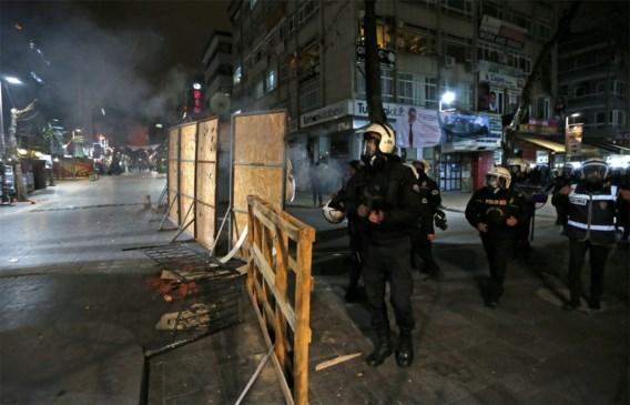 Duizenden Turken op straat na dood 15-jarige jongen