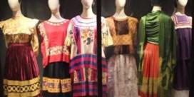 VIDEO. Frida Kahlo verbaast met haar kledij