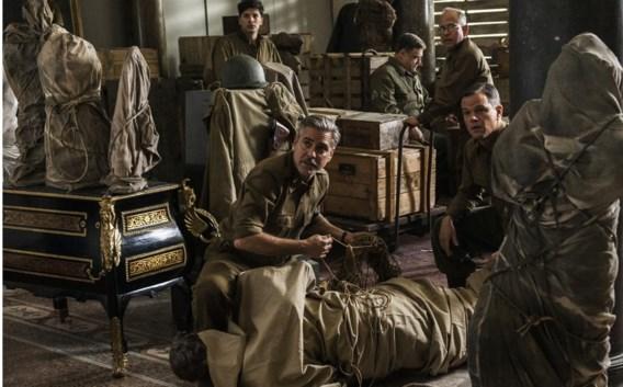 George Clooney tussen zijn kunstige kornuiten in 'The Monuments Men'.