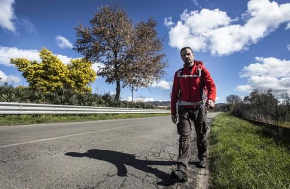 Jérôme Kerviel is bezig aan een voettocht van 1.400 kilometer tussen Rome en Parijs.