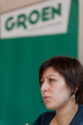 Groenen stemmen tegen amendement achternamen