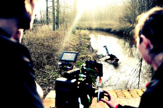 De clip voor 'Wide-eyed and wild-eyed' wordt opgenomen in de bossen rond Grobbendonk.