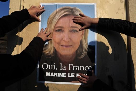 Franse socialisten trekken eigen kandidaten terug om extreemrechts af te remmen