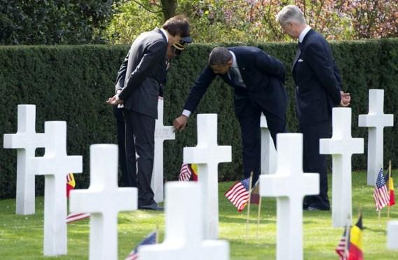 Barack Obama bezocht het Amerikaans militair kerkhof in Waregem in het gezelschap van koning Filip en premier Elio Di Rupo.