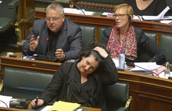 De minister van Justitie, Annemie Turtelboom, tijdens de debatten over de dubbele naamgeving vorige week in de Kamer. De Senaat buigt zich volgende week over het ontwerp.