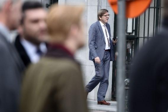 Schulz, Juncker, Verhofstadt, Bové en Tsipras kruisen live de degens op Euronews