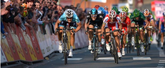 De laatste zege van Tom Boonen in Harelbeke, in 2012. Oscar Freire en Bernhard Eisel komen tekort.