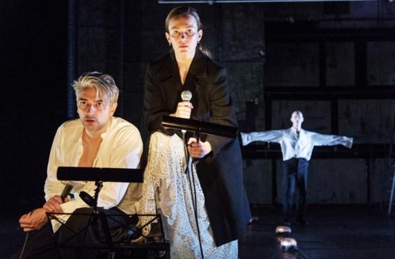 In de cast zit onder meer de Vlaming Peter Seynaeve (links).