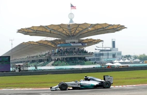Rosberg klokt beste tijd in tweede vrije oefensessie in Maleisië