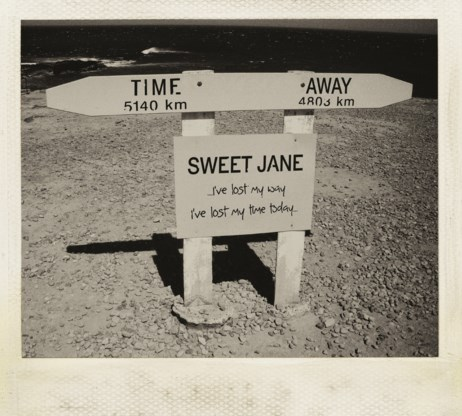 Beluister Time Away, het nieuwe album van Sweet Jane