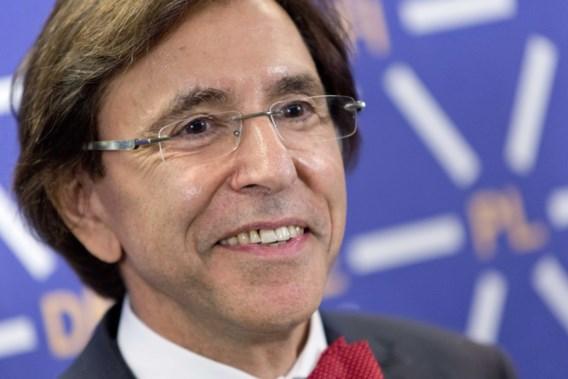Di Rupo waarschuwt voor gevaren van rechts en nutteloosheid van extreemlinks