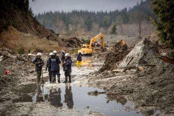 Dodentol aardverschuiving in VS loopt op tot achttien, nog dertig vermisten